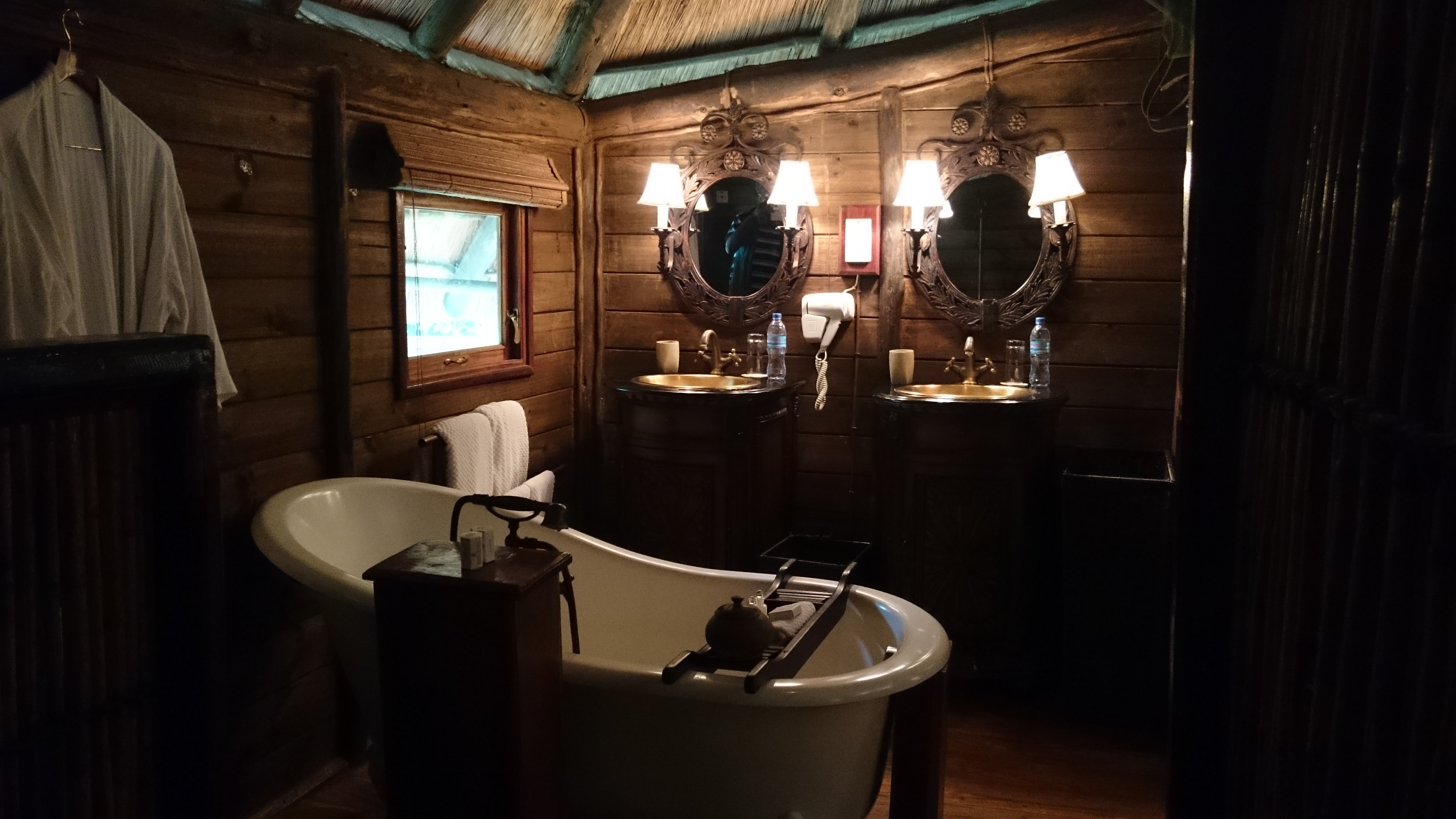 The bathroom at the Selous Serena Camp, Serenas second property in Selous Game Reserve